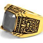 Zlatý prsten z oceli v řeckém stylu